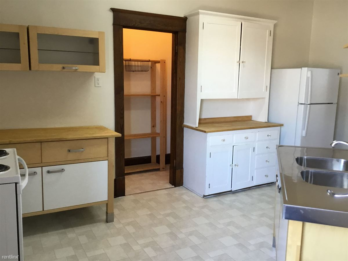 2 Bedrooms 1 Bathroom Apartment for rent at Sheyenne Apartments in Valley City, ND