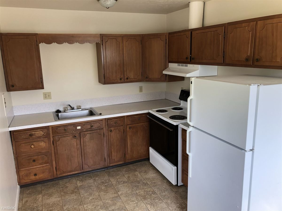2 Bedrooms 1 Bathroom Apartment for rent at Colony Apartments in Valley City, ND