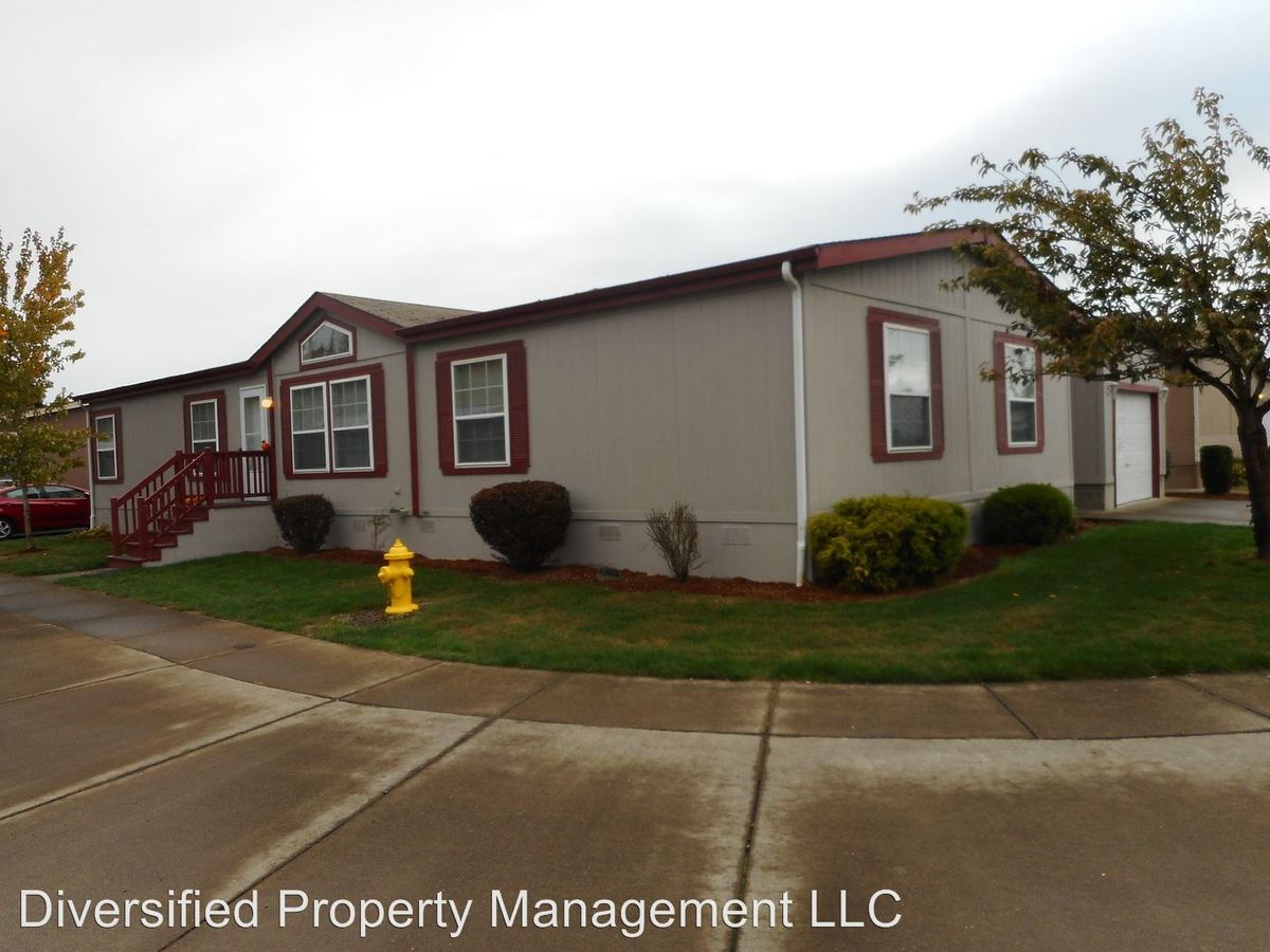 4 Bedrooms 2 Bathrooms Apartment for rent at Mcfarland Road in Tangent, OR