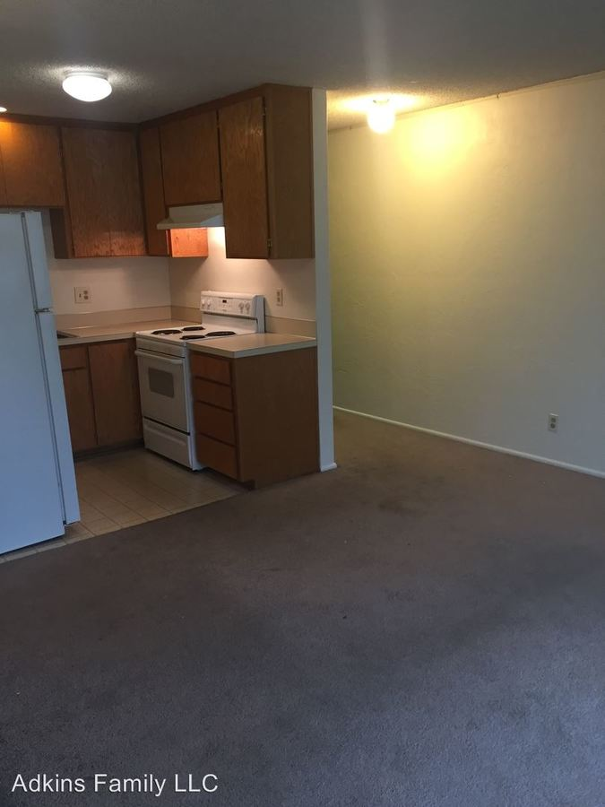 2 Bedrooms 1 Bathroom Apartment for rent at 1424 E 18th Ave. in Eugene, OR
