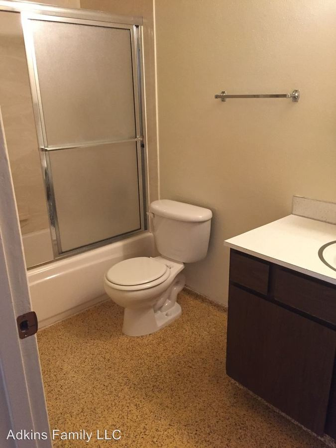 1 Bedroom 1 Bathroom Apartment for rent at U Of O Campus Area in Eugene, OR