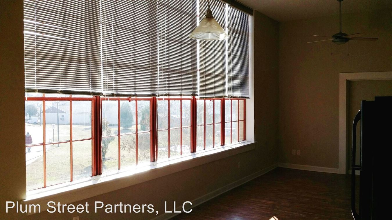 1 Bedroom 1 Bathroom Apartment for rent at 1201 W City Point Rd in Hopewell, VA