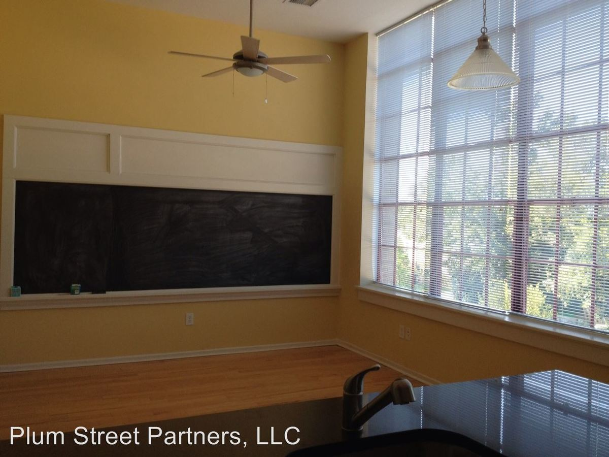 2 Bedrooms 2 Bathrooms Apartment for rent at 1201 W City Point Rd in Hopewell, VA