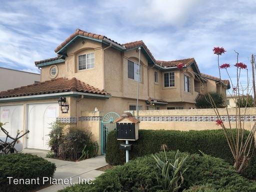 3 Bedrooms 2 Bathrooms Apartment for rent at 232 Del Mar Avenue in Chula Vista, CA