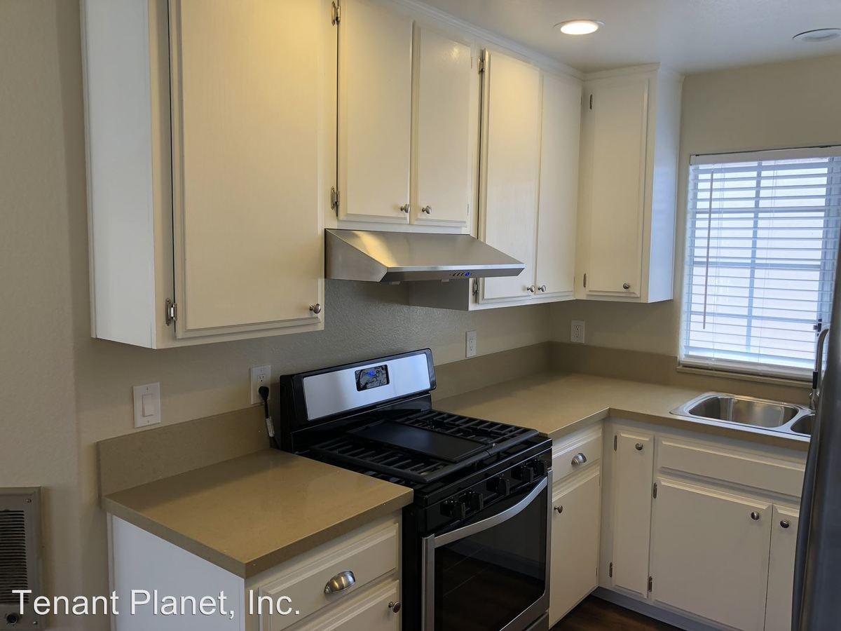 1 Bedroom 1 Bathroom Apartment for rent at 232 Del Mar Avenue in Chula Vista, CA