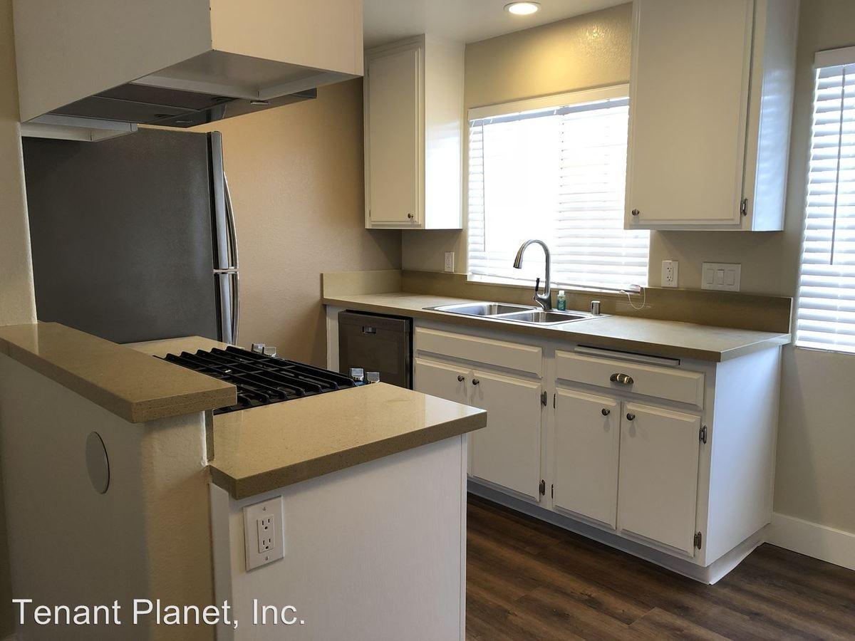 2 Bedrooms 2 Bathrooms Apartment for rent at 232 Del Mar Avenue in Chula Vista, CA