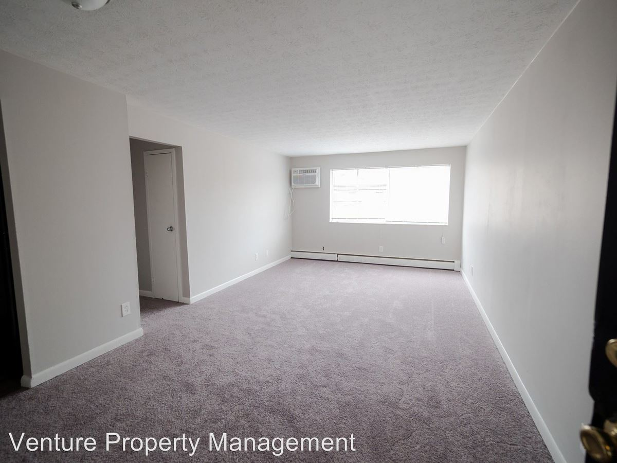 2 Bedrooms 2 Bathrooms Apartment for rent at 2743, 2745, 2749 Harrison Avenue in Cincinnati, OH