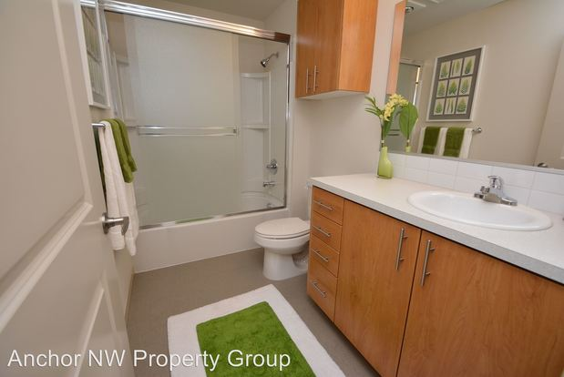1 Bedroom 1 Bathroom Apartment for rent at 3910 Ne Tillamook in Portland, OR
