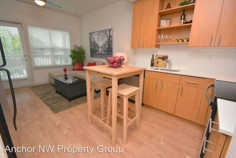 1 Bedroom 1 Bathroom Apartment for rent at 1950 Ne Couch Street in Portland, OR
