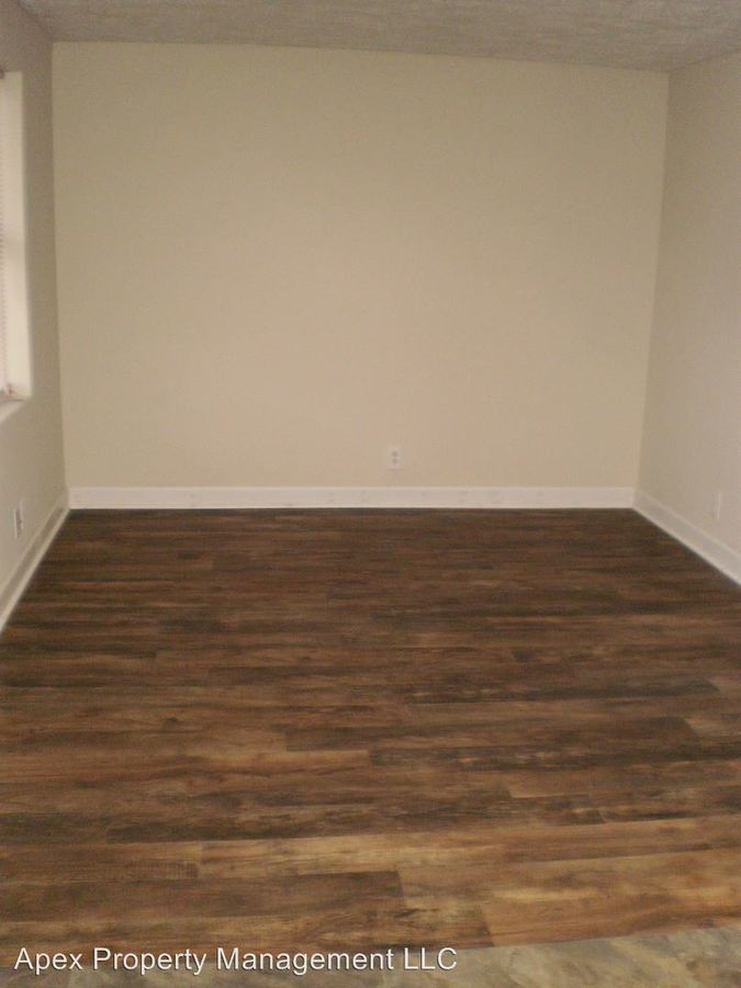 1 Bedroom 1 Bathroom Apartment for rent at 220 Ogle Avenue in Knoxville, TN