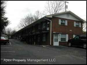 2 Bedrooms 1 Bathroom Apartment for rent at 220 Ogle Avenue in Knoxville, TN