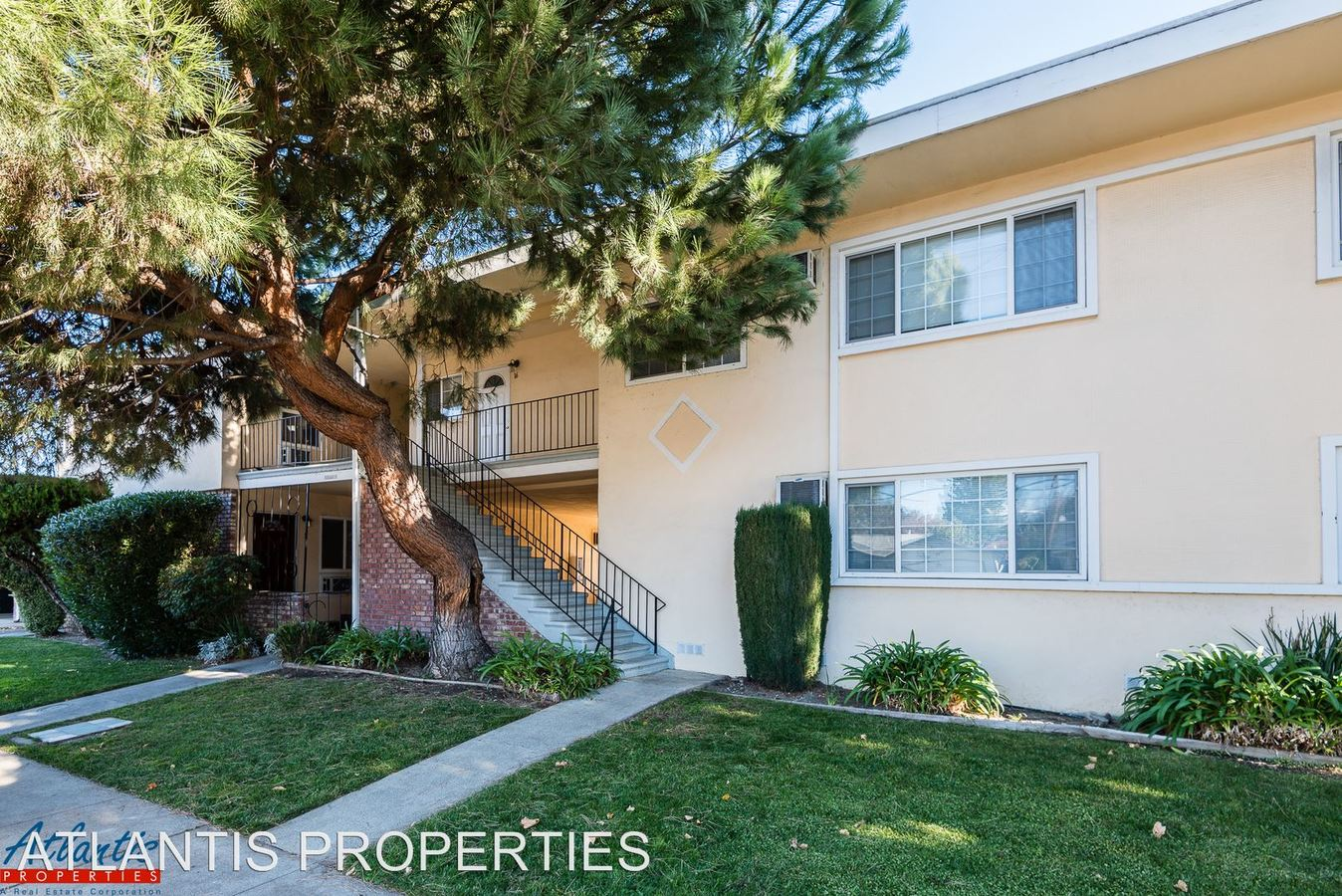 2 Bedrooms 1 Bathroom Apartment for rent at 935 Pomeroy Ave in Santa Clara, CA