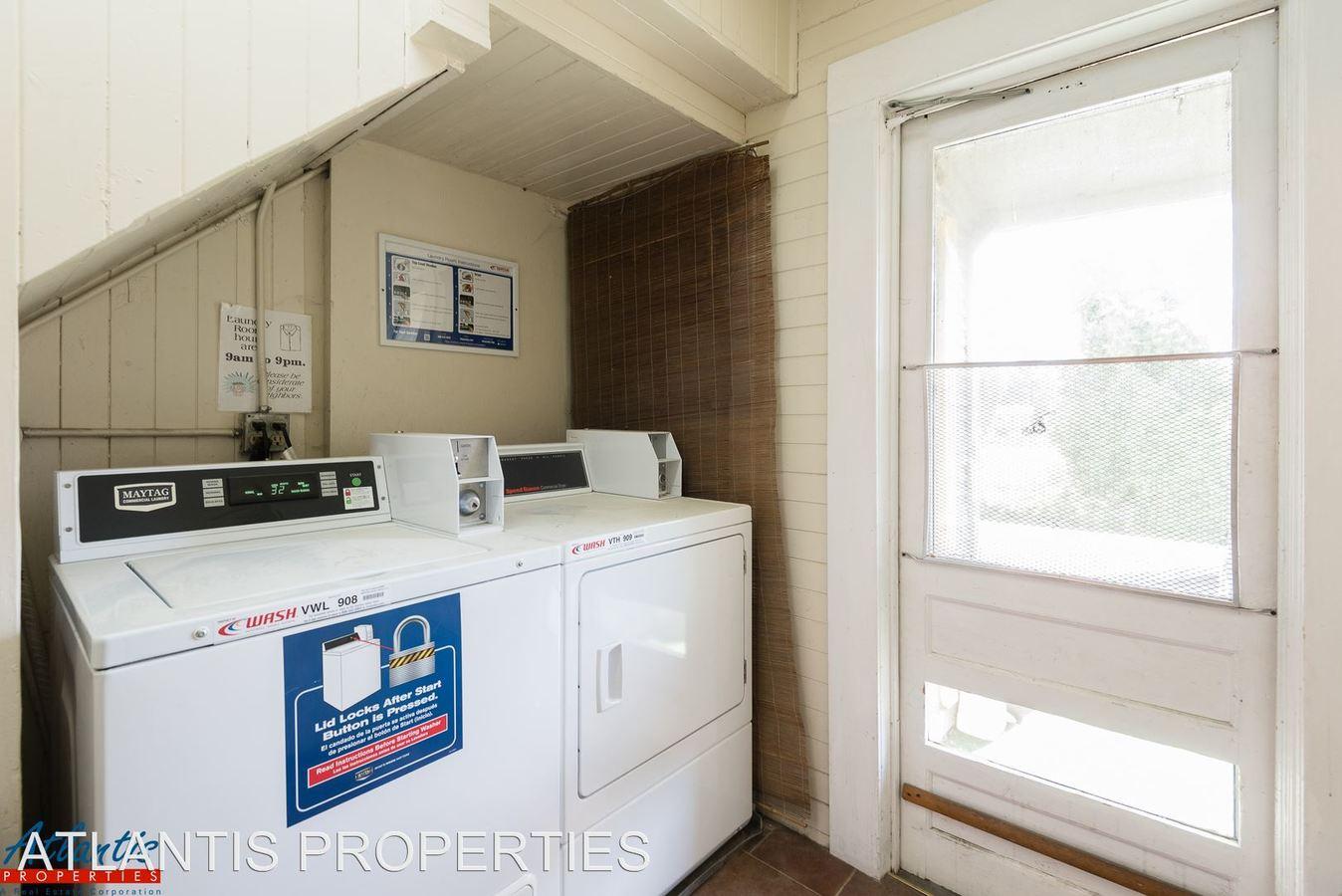 2 Bedrooms 1 Bathroom Apartment for rent at 170 E. William Street in San Jose, CA