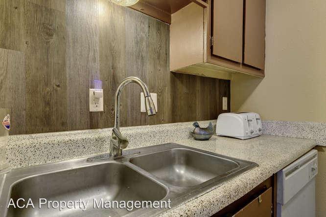 Studio 1 Bathroom Apartment for rent at Lantana Trace Apartments 9315 Northgate Blvd in Austin, TX