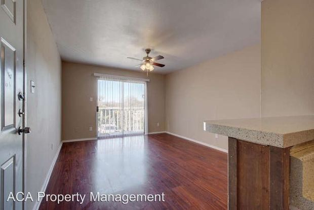 2 Bedrooms 1 Bathroom Apartment for rent at 8625 Fireside Dr in Austin, TX