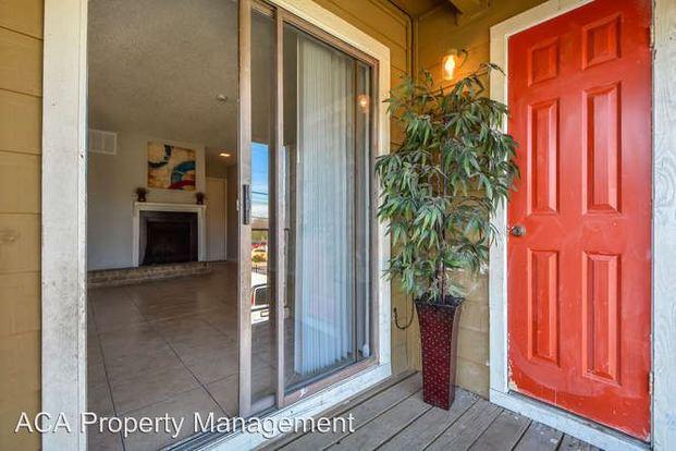 Studio 1 Bathroom Apartment for rent at 8033 Gessner Drive in Austin, TX