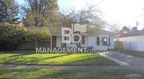Similar Apartment at 2100 Sw Knollcrest Drive