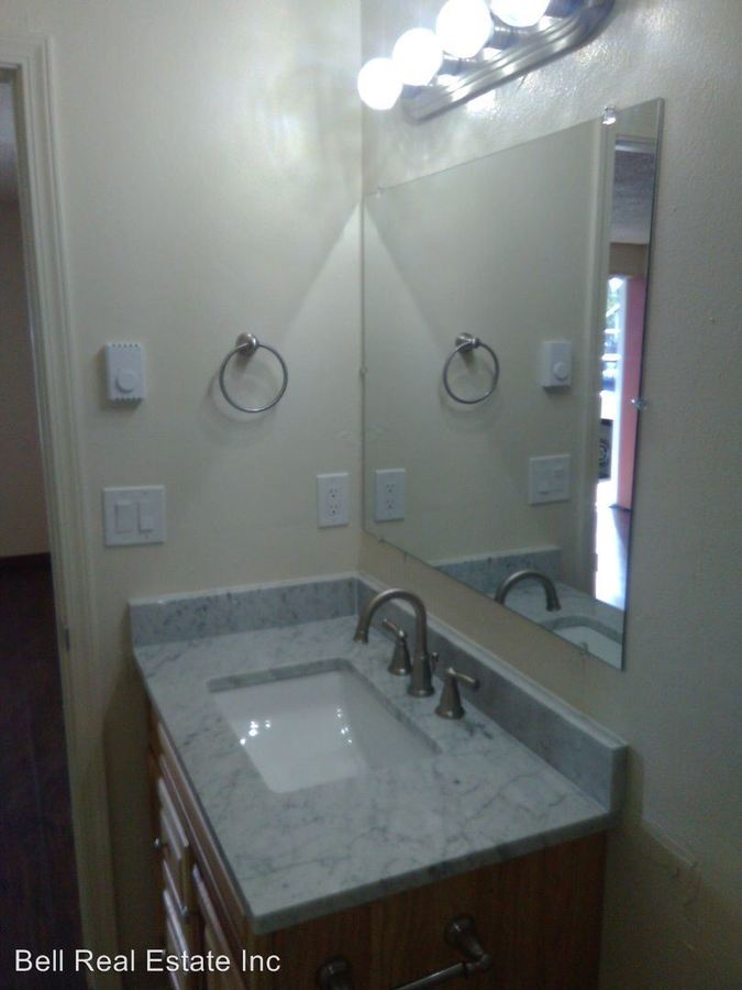 Studio 1 Bathroom Apartment for rent at 1550 High St #1-12 in Eugene, OR