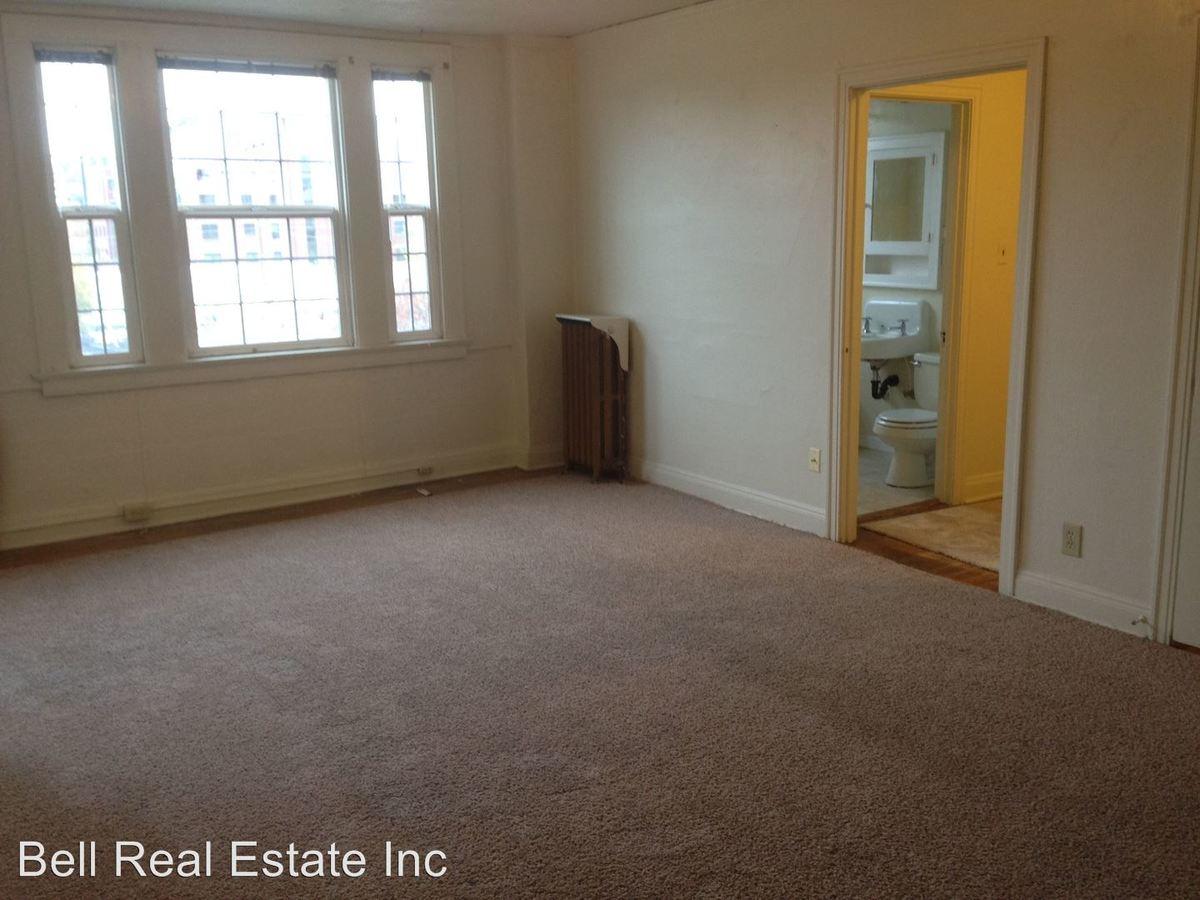 Studio 1 Bathroom Apartment for rent at 1272 Willamette Street in Eugene, OR