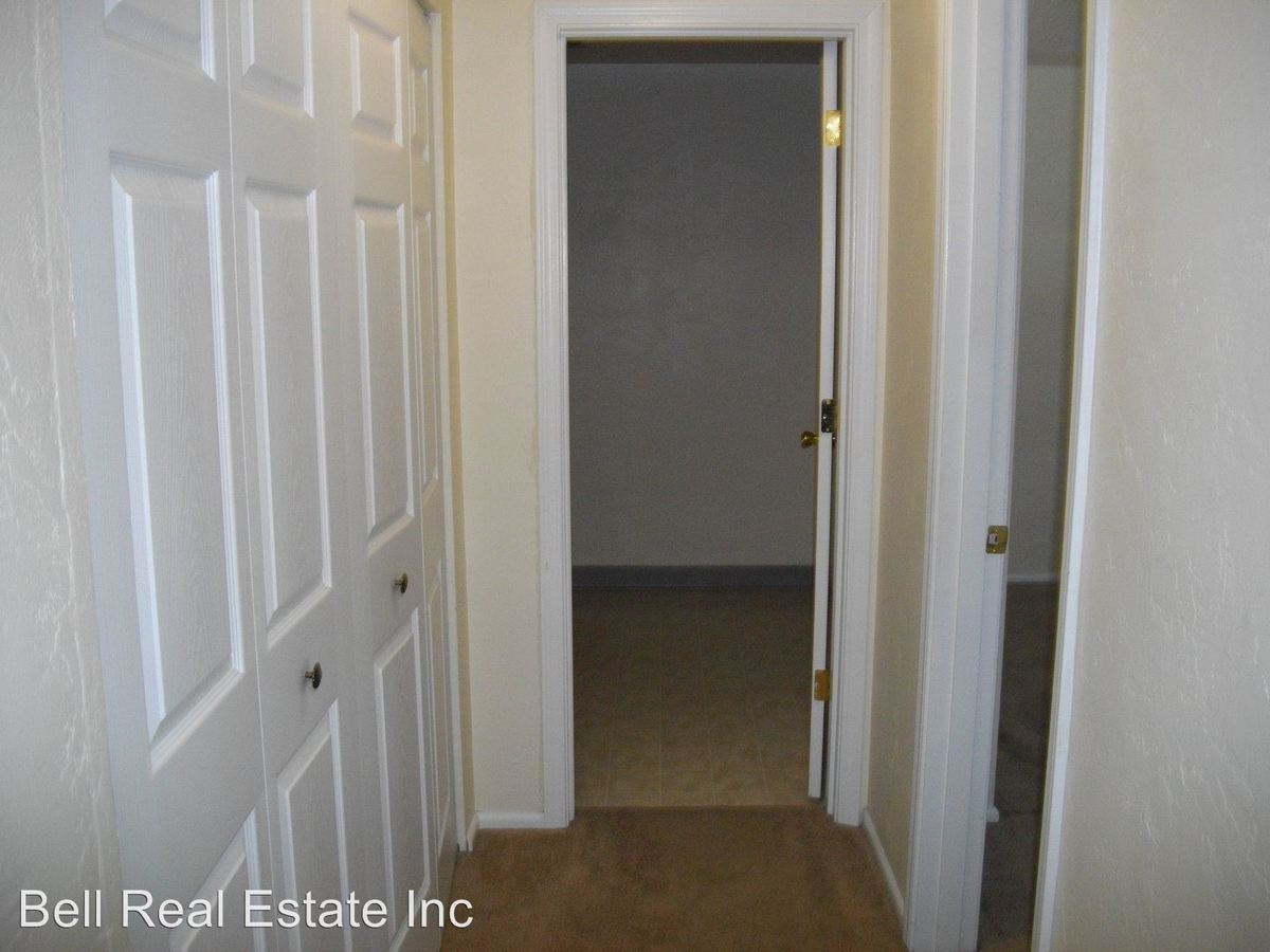 3 Bedrooms 1 Bathroom Apartment for rent at 1848/1879 M St. in Springfield, OR