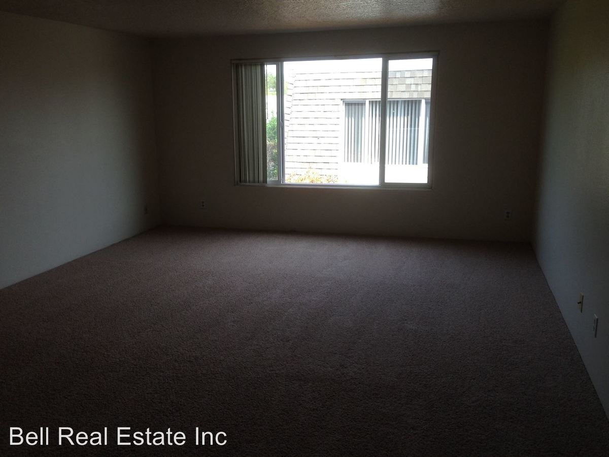 2 Bedrooms 1 Bathroom Apartment for rent at 2936 Willamette St in Eugene, OR