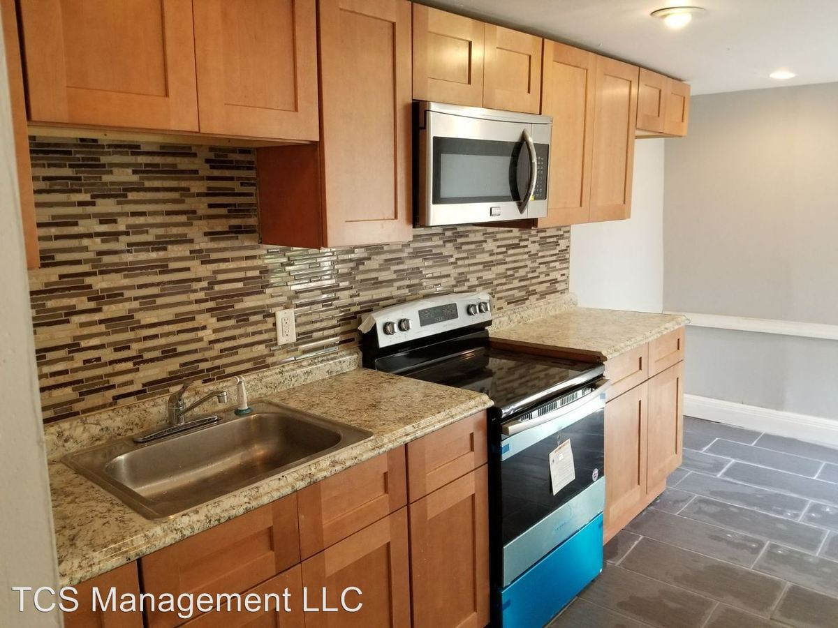 2 Bedrooms 1 Bathroom Apartment for rent at 861 Wynnewood Road Unit 1 - 3 in Philadelphia, PA
