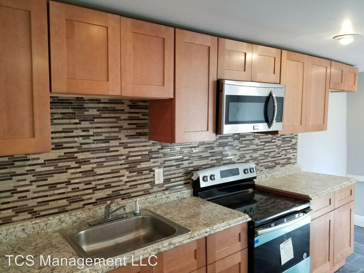 1 Bedroom 1 Bathroom Apartment for rent at 861 Wynnewood Road Unit 1 - 3 in Philadelphia, PA