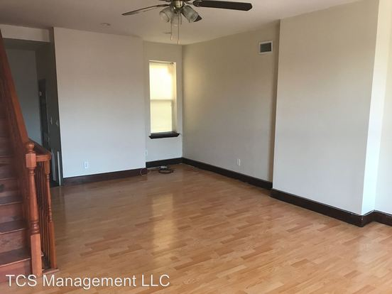 3 Bedrooms 2 Bathrooms Apartment for rent at 1909 Federal St. in Philadelphila, PA