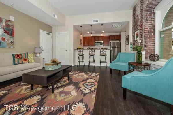2 Bedrooms 2 Bathrooms Apartment for rent at 699 N. Broad Street in Philadelphia, PA