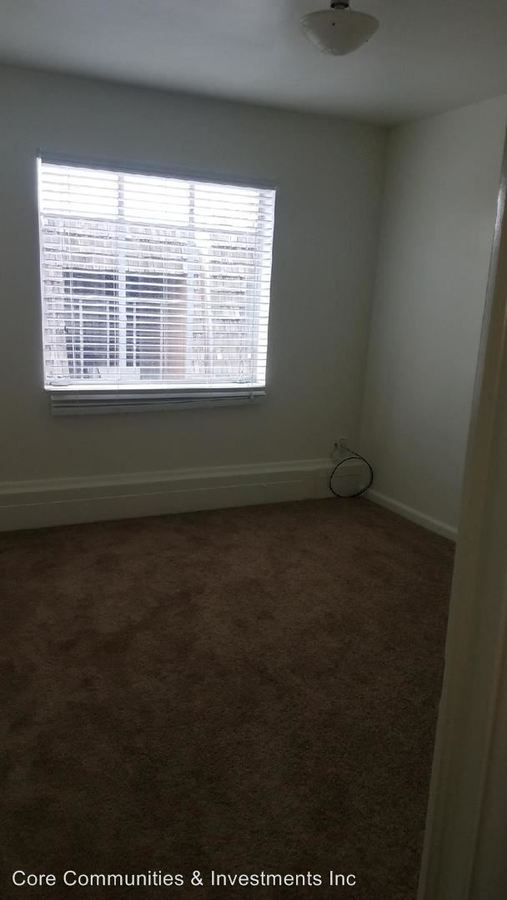 2 Bedrooms 1 Bathroom Apartment for rent at 221 North Quince Street in Salt Lake City, UT