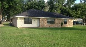 5221 Airline Dr
