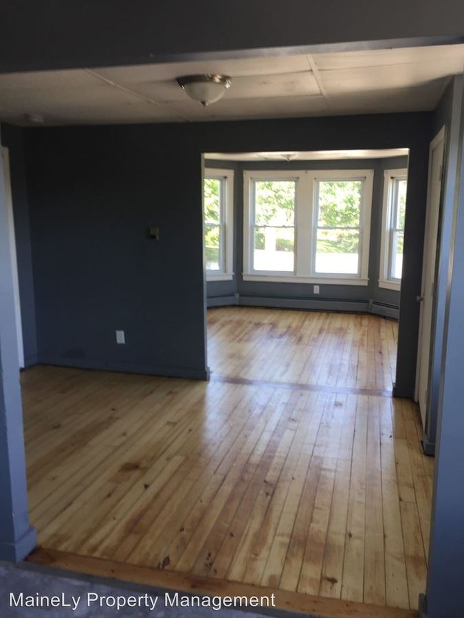 2 Bedrooms 1 Bathroom Apartment for rent at 60 Riverside in Sanford, ME