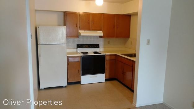 1 Bedroom 1 Bathroom Apartment for rent at 3725 41 Morganford Rd. in St Louis, MO