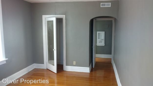 2 Bedrooms 1 Bathroom Apartment for rent at 3858 Bamberger in St Louis, MO