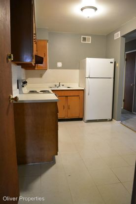 2 Bedrooms 1 Bathroom Apartment for rent at 3725 41 Morganford Rd. in St Louis, MO