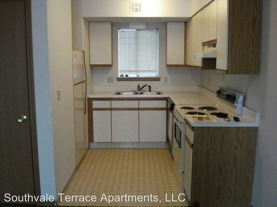 2 Bedrooms 2 Bathrooms Apartment for rent at 3316, 22, & 28 S Fairway Avenue in Springfield, MO