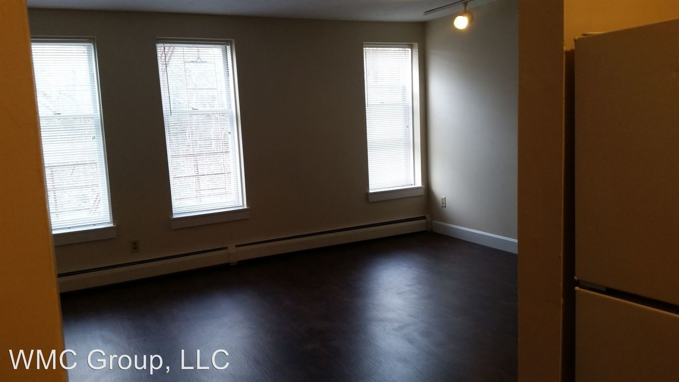 2 Bedrooms 1 Bathroom Apartment for rent at 906-12 Morris St in Cincinnati, OH