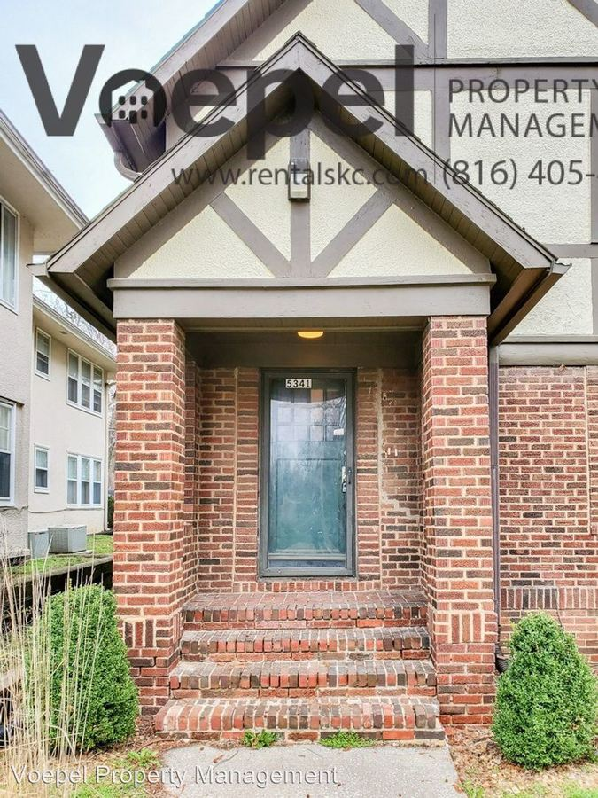 2 Bedrooms 1 Bathroom Apartment for rent at 5341 Holmes St. in Kansas City, MO