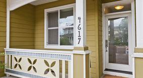 Similar Apartment at 4617 Ne Cleveland