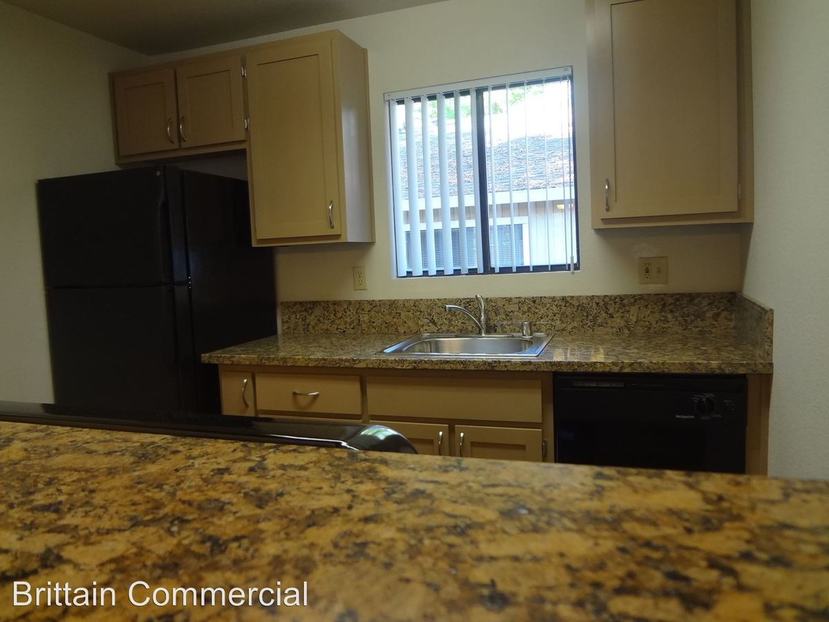 2 Bedrooms 2 Bathrooms Apartment for rent at 6001-5909 Country Lane in Citrus Heights, CA