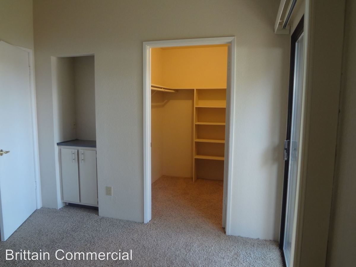 1 Bedroom 1 Bathroom Apartment for rent at 6001-5909 Country Lane in Citrus Heights, CA