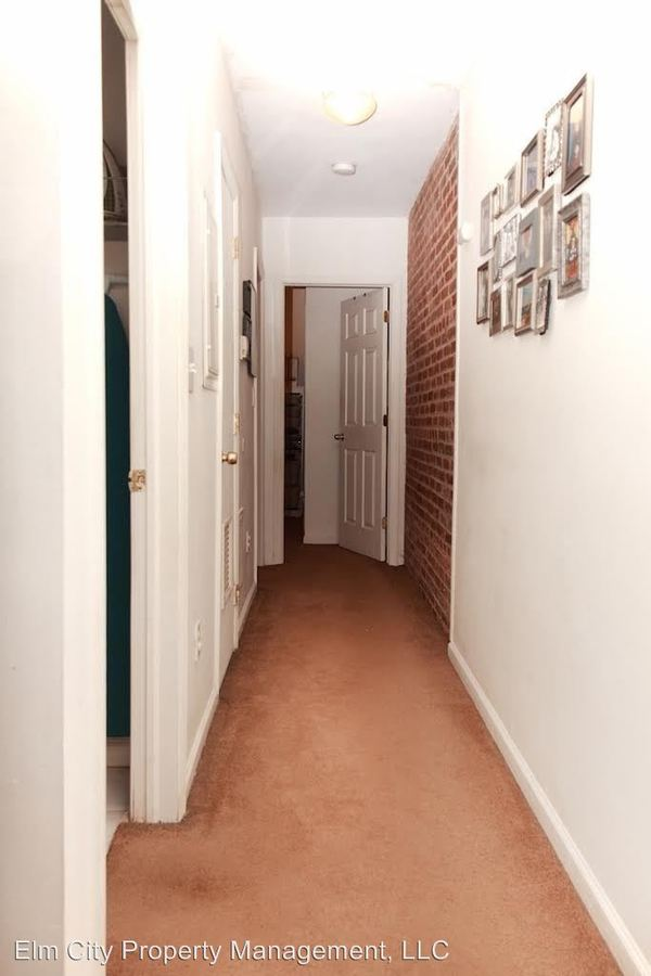 2 Bedrooms 1 Bathroom Apartment for rent at 1620 Spruce St in Philadelphia, PA
