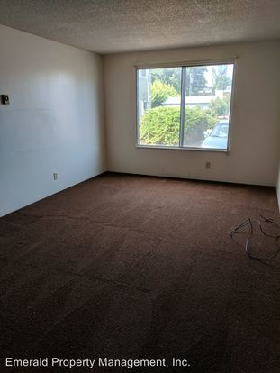 1 Bedroom 1 Bathroom Apartment for rent at 188 Pioneer Parkway W. in Springfield, OR