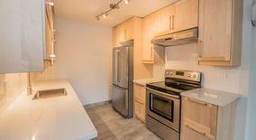 Similar Apartment at 8501 09 Se Woodstock Boulevard