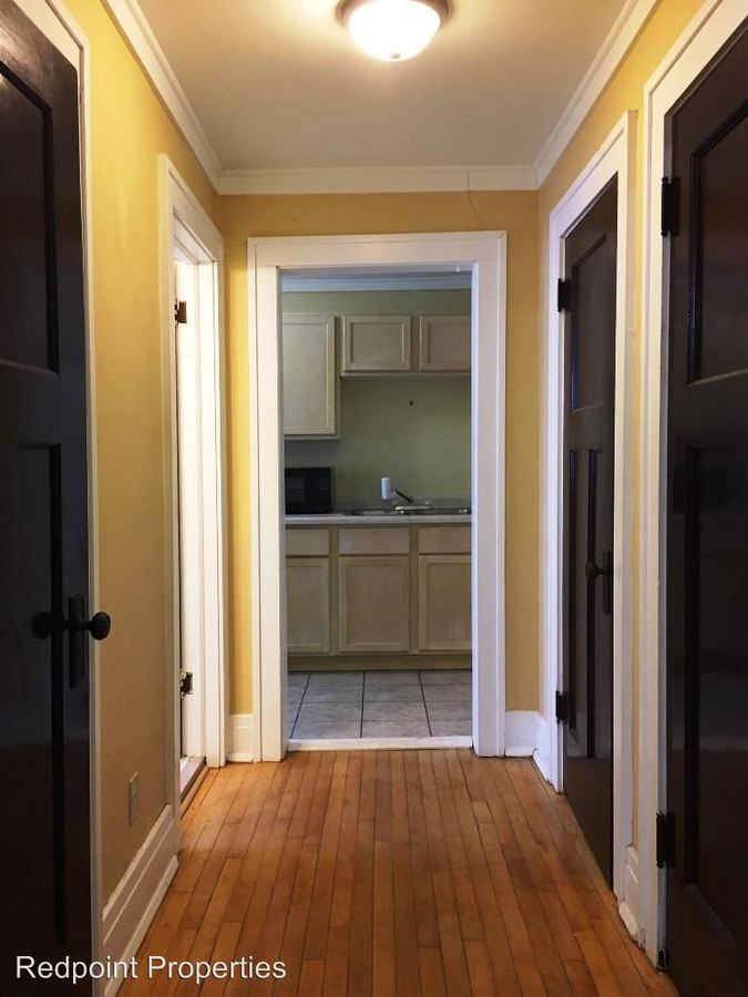 Studio 1 Bathroom Apartment for rent at 1041 College St N in Fargo, ND