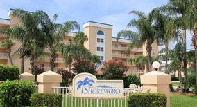 605 Shorewood Dr E404
