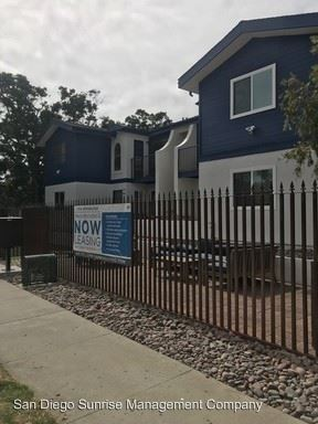 3 Bedrooms 2 Bathrooms Apartment for rent at 1016 Hornblend Street in San Diego, CA