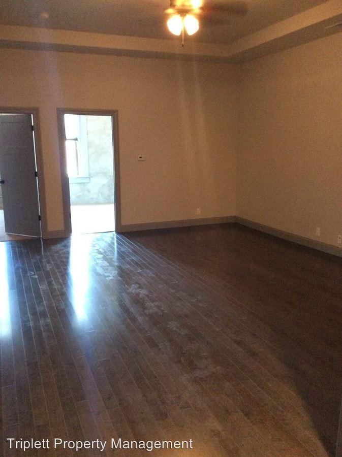 2 Bedrooms 1 Bathroom Apartment for rent at 205 West Walnut Street in Ogden, IA