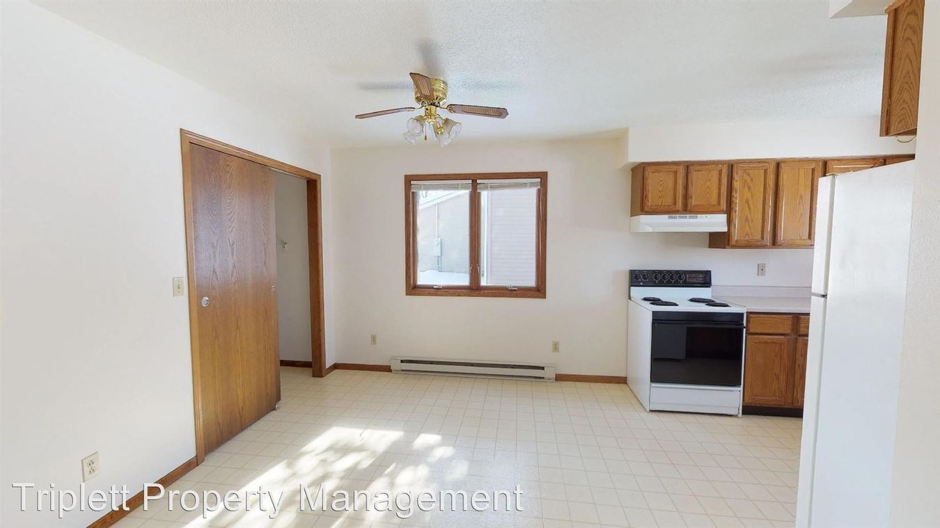 2 Bedrooms 1 Bathroom Apartment for rent at 625 4th Street in Nevada, IA