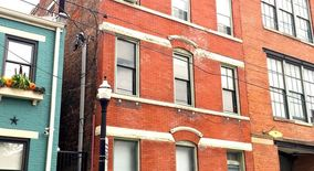 Similar Apartment at 1225 Jackson St